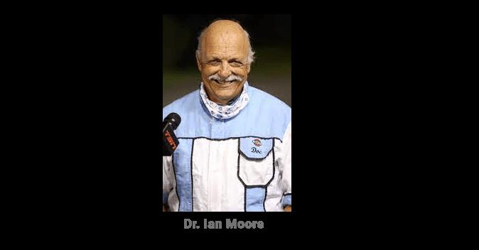 Pas de moments ennuyeux pour Moore avant le grand week-end